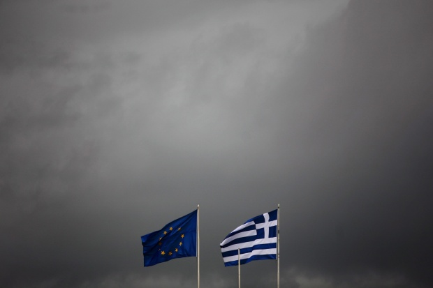 Еврогрупата: Банките да поемат удара заради Гърция