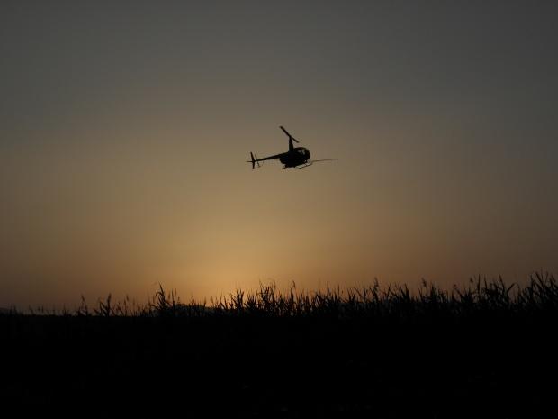 Военните купуват хеликоптери със заплати