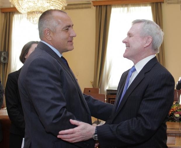 Обама благодарен на България