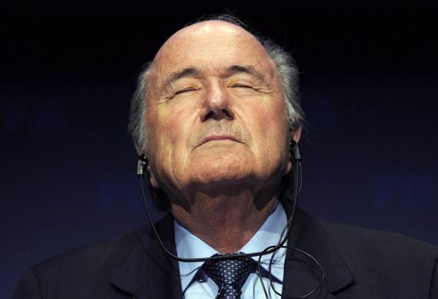"""""""Сън"""": Глобата за България удобна на шефа на ФИФА"""