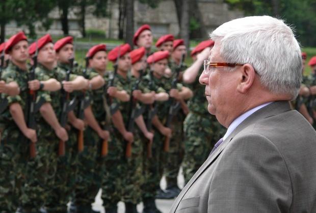 Ангелов: Военните са най-пестеливи