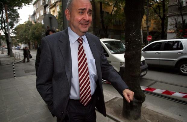 Велчев: Няма напредък по делата за корупция