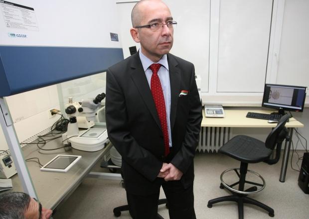 """Константинов: Починалата родилка е била """"размотавана"""""""