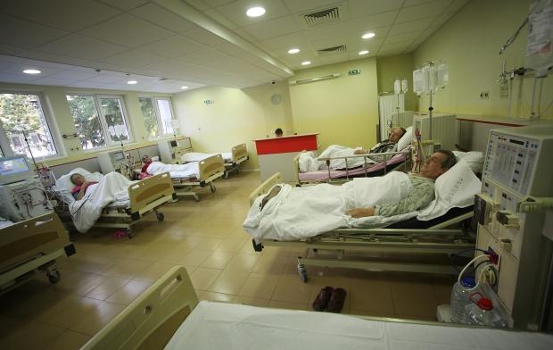 Константинов иска по-големи санкции за болниците