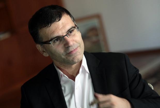 Дянков се хвали със занижени прогнози за икономиката