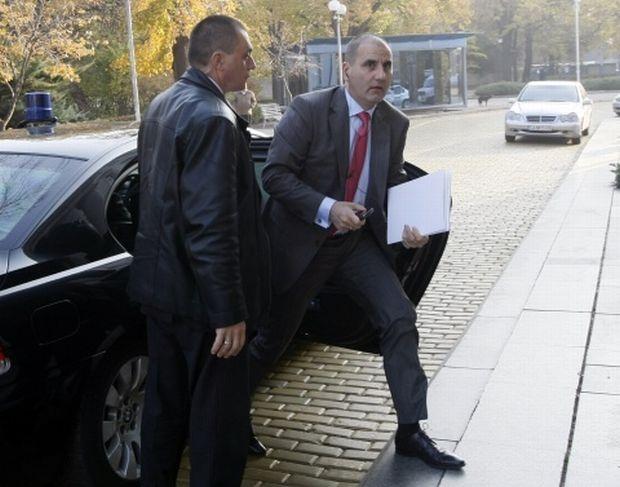 Цветанов се надява, визите за САЩ остават
