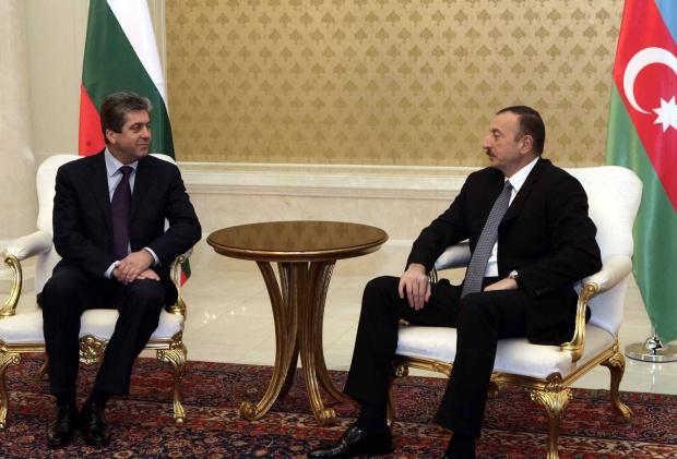 Първанов в Азербайджан: Да покажем на Европа!