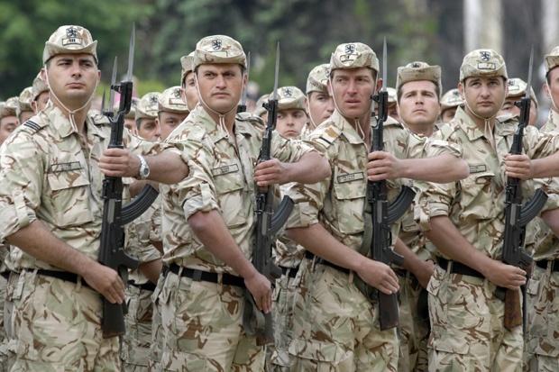"""""""Митничар с прякор"""" поел излишъците от армията"""