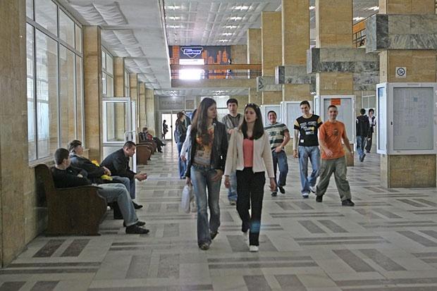Образованието в чужбина ще се признава по-лесно в България