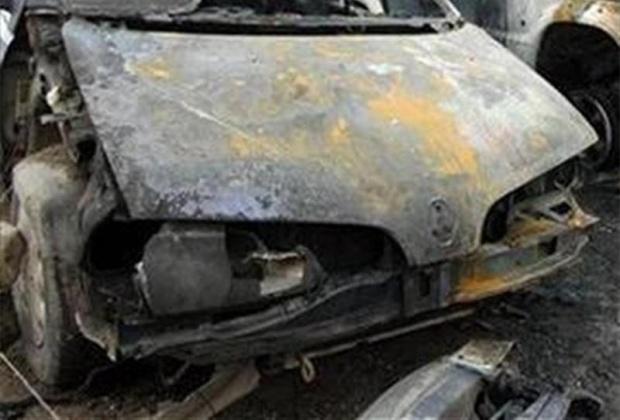 Една кола изгоря в София през нощта