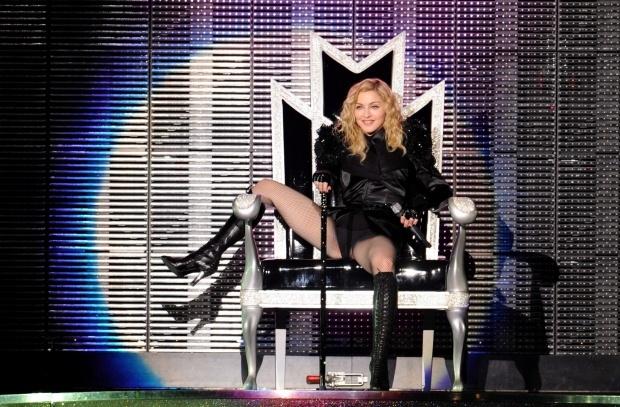 Арестуваха испанец заради песен на Мадона