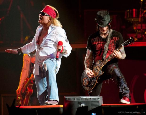 Guns N' Roses в София през юли!