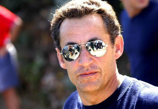 Саркози обявява кандидатурата си утре