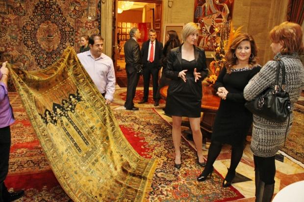 Ексклузивна изложба на килими привлече българския елит