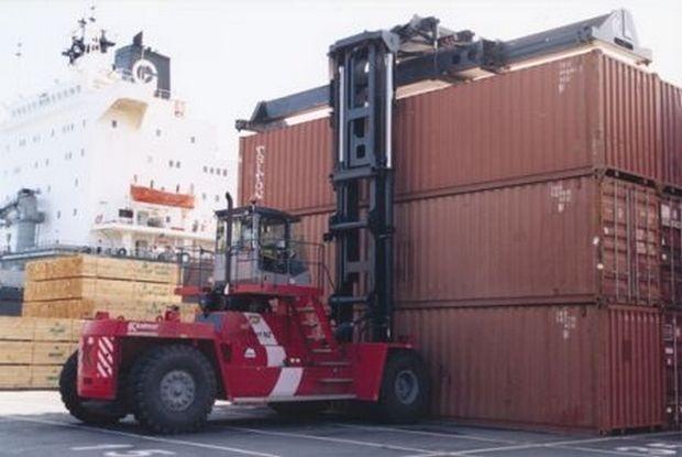 Свиване на износа с над 10% през януари