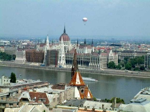 ЕС замрази 495 млн. евро за Унгария