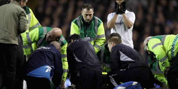 Сърцето на футболист спря по време на мач
