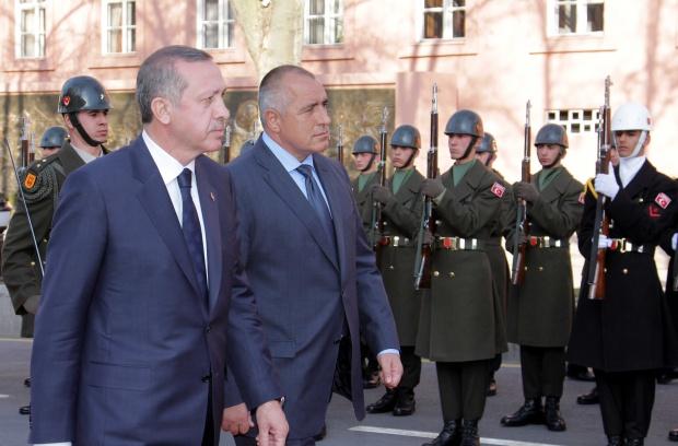 Борисов пред почетната рота на Ердоган: Мархаба, аскер