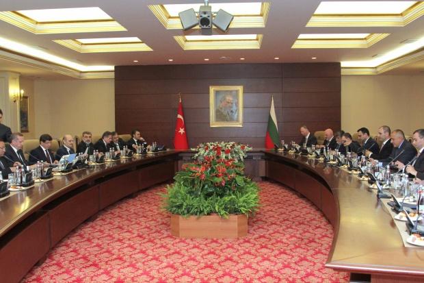 България и Турция вече се разбират и по документи