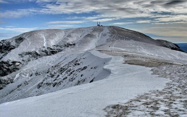 Вадят връх Ботев от 100-те туристически обекта