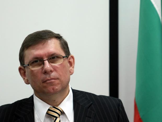 Регионалният мениджър на ЧЕЗ Петър Докладал: Свръхрегулацията усложнява енергийния пазар в България