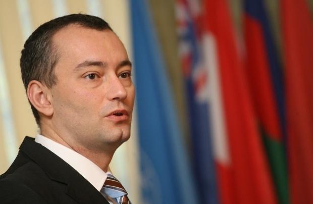Младенов доволен от пускането на лидера на беларуската опозиция