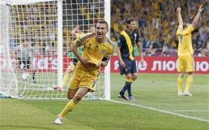 "Украйна поведе в група ""Д"" на Евро 2012 с историческа победа над Швеция"