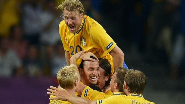 Шеметна победа на Швеция, Франция на четвъртфинал