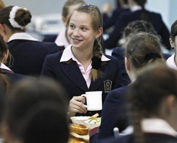 ЕК рекламира науката и иновациите сред малките момичета