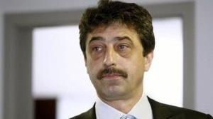 Цветан Василев купува БТК?