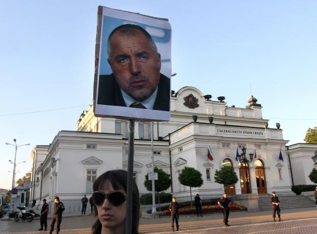 Борисов вече и в учебниците по история