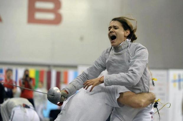 Маргарита Чомакова загуби при олимпийския си дебют във фехтовката
