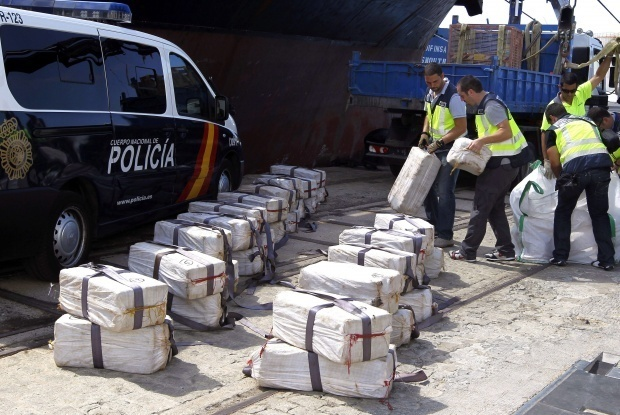 """Моряците от """"кокаиновия"""" кораб остават в испанския арест"""