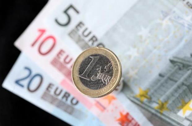 """""""Файненшъл Таймс"""": България охладня към еврото"""