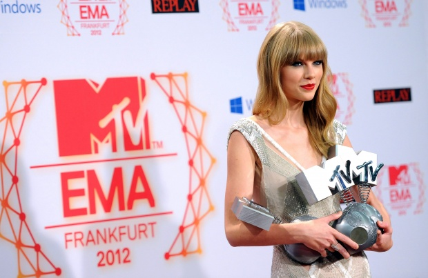 Тейлър Суифт и Джъстин Бийбър обраха наградите на MTV