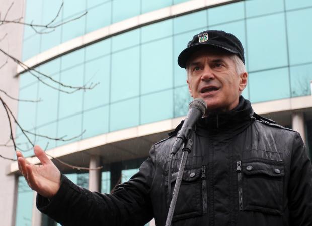 Волен Сидеров: Управляващите нямат място в служебния кабинет