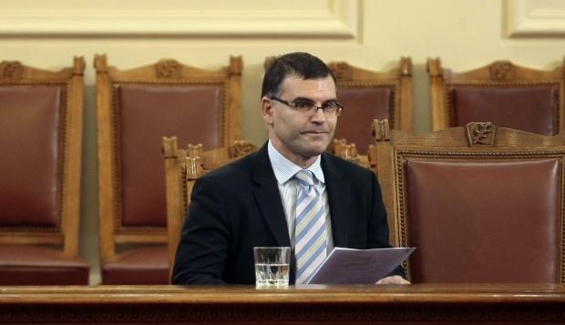 Симеон Дянков влезе в МС без коментар за оставката на Борисов