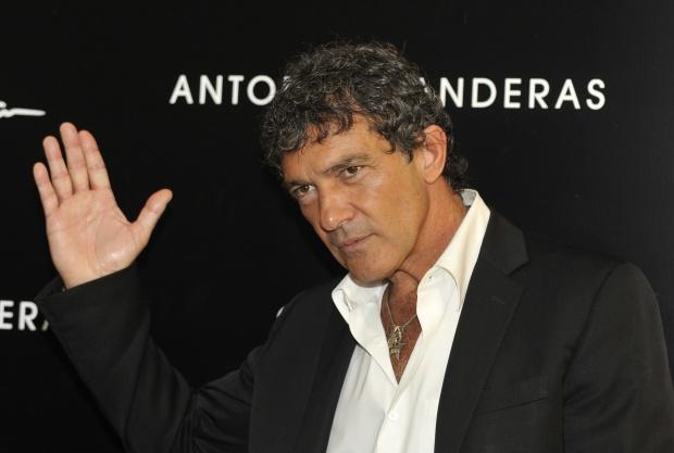 Антонио Бандерас пристигна в София