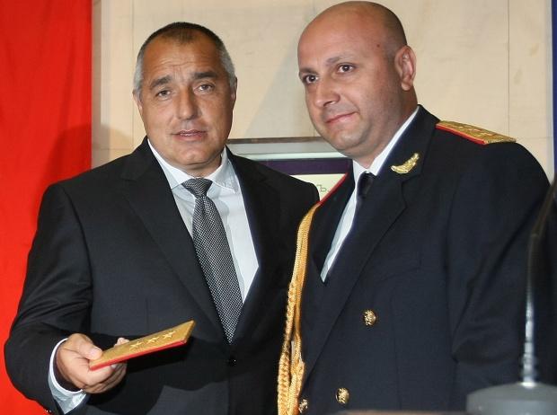 """""""Фигаро"""": Шефът на антимафията в България отстранен заради корупция."""