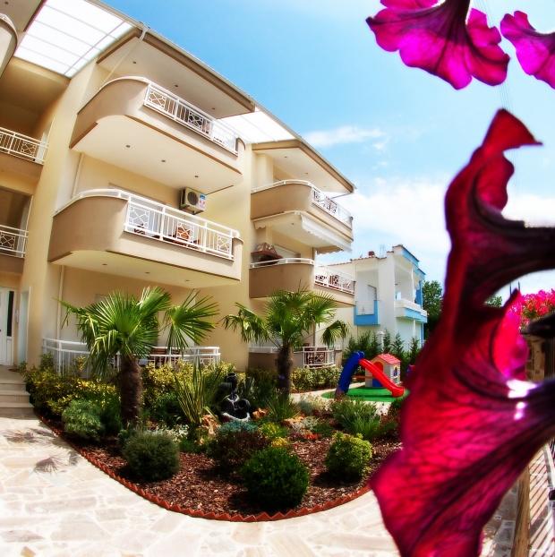 Bellevue Apartments в Керамоти – идеалната почивка