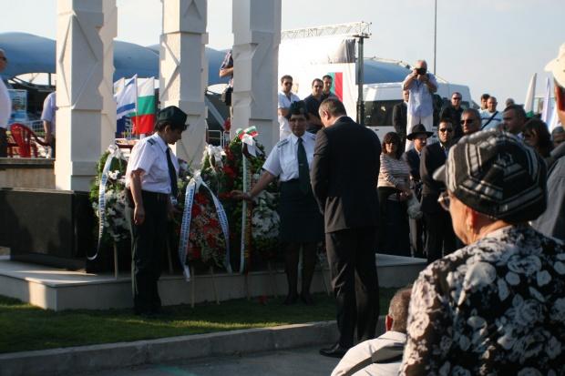 Световните медии: България и Израел отбелязаха първата годишнина от атентата в Бургас