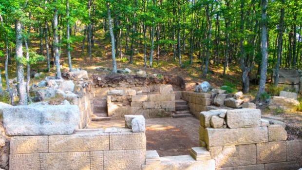 Потвърди се, че на Кози грамади е търсената 130 г.  столица на одрисите