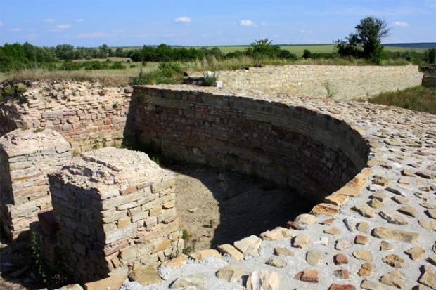 """Археолози откриха  вратата на """"Коваческото кале"""""""