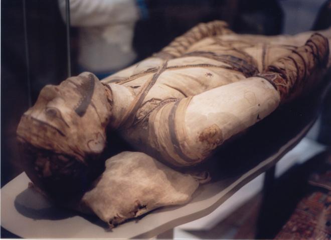 Откриха мумии на над 1000 години в Перу