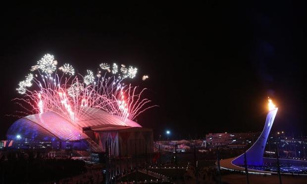 Церемонията по закриването на Игрите в Сочи започна