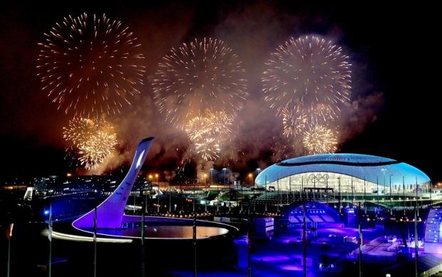Олимпийският огън в Сочи бе загасен с края на Игрите
