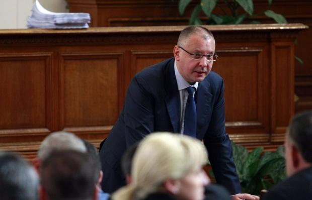 Официално: Станишев води евролистата на социалистите