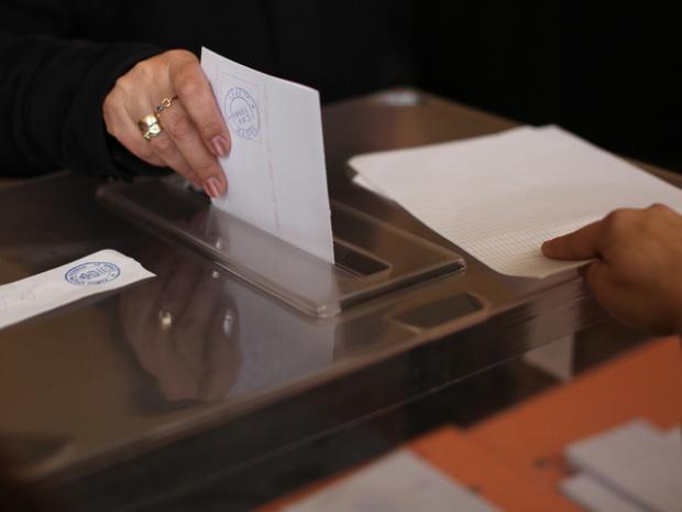 """""""Галъп"""": Ако евроизборите са днес, ГЕРБ води пред БСП"""