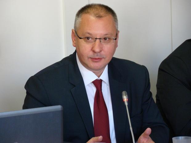 КБ се регистрира за евровота - Станишев, Йотова и Пирински водят листата
