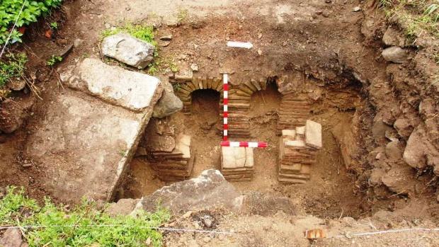 Откриха луксозна римска крайпътна станция край Троян